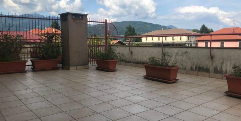 Baveno bilocale arredato con terrazzo