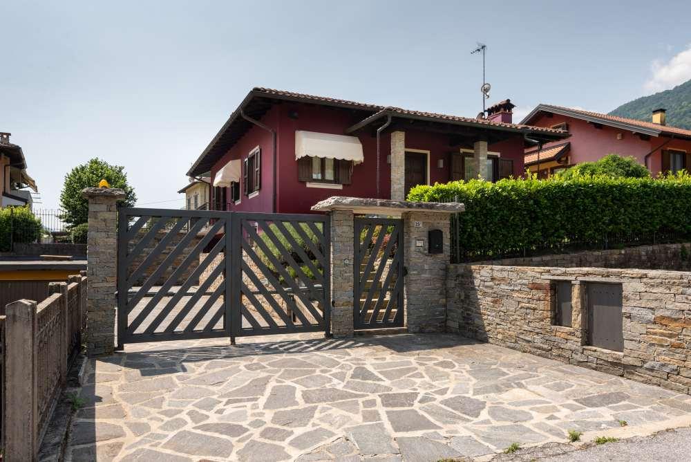 Villetta indipendente con piscina in zona residenziale tra omegna e gravellona